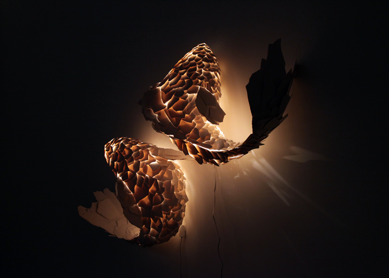 dezeen_Fish-Lamps-by-Frank-Gehry_ss_5